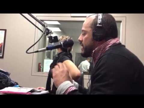 Sos Paisa en la WUNR 1600 AM Radio International de Boston,