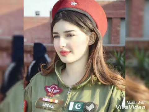 Pak Army Very Beautifull Girls
