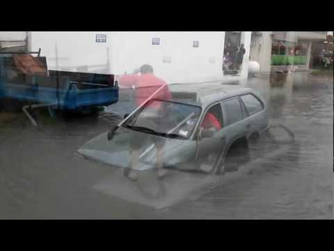 Car Gets Stuck In Flooded Road June 15 2012