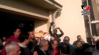 لحظة خروج جثمان محمود بكر من «النادي الأوليمبي»