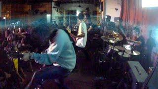 Sekumpulan Orang Gila Hentikan live Hey Rock Let 39 s Roll, Johor Bahru.mp3
