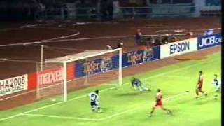 Download Video Singapore vs Indonesia : Tiger Cup 2004 Final 1st Leg MP3 3GP MP4
