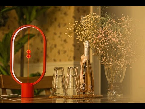 Heng Balance Lamp - Innovative Table Lamp With a Twist