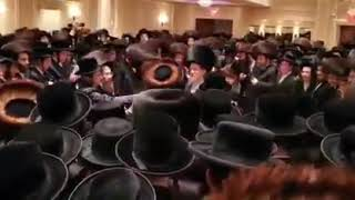 Bobover Rebbe Dances At Aleksander USA Wedding