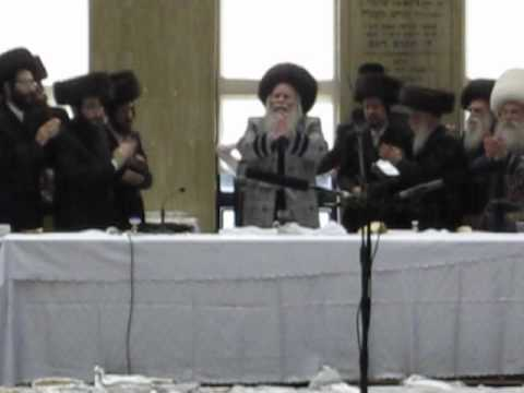 Purim in Bobov