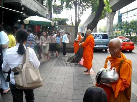 Thailand, Monks