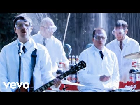 Weezer - Pork And Beans (Official Music Video)