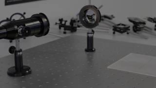Optomécanique : Pieds et colonnes pour Breadboard