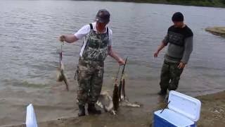 Предновогодняя зимняя рыбалка на реке Тура!