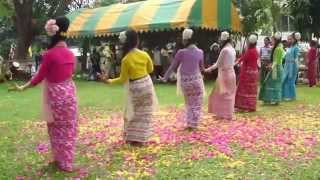 Thai Village ฟ้อนไต for Indian WeddingTheme in Krabi