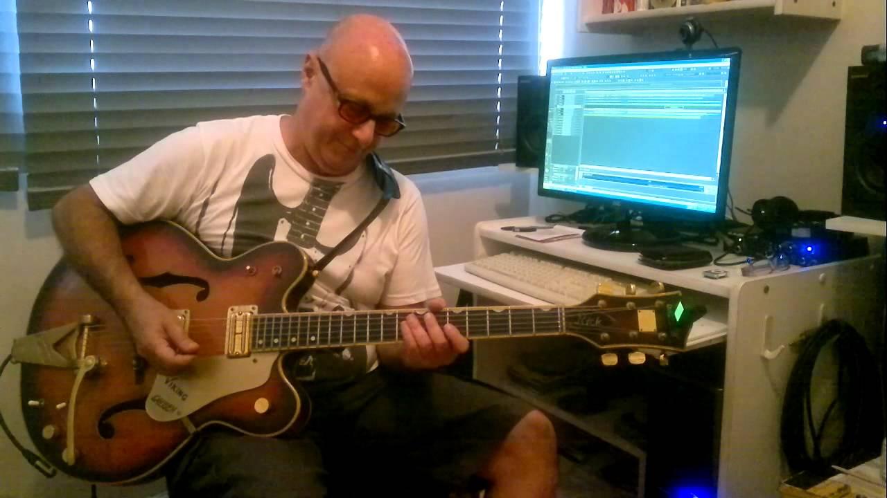 Rick Ferreira guitarrista de Raul,mostra como foi gravado o solo de Quando Acabar O Maluco Sou Eu.