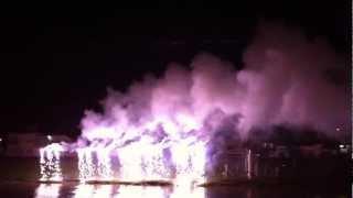 Queima de fogos na festa junina de São João Batista em Queluz / SP.