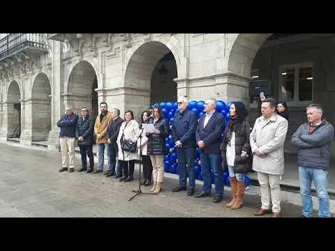Lara Méndez le un manifesto polo día de Europa xunto a outras forzas do Concello