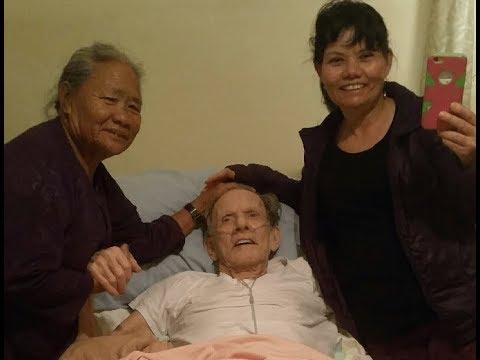 Ông người Mỹ, bà người Việt, và đứa con lai trùng phùng sau 48 năm