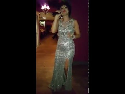 Patsy Cline Tribute Artist Amberley Beatty Sings I Fall To Pieces for Dixie