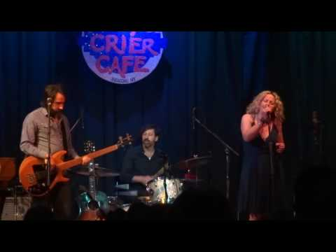 Amy Helm and the Handsome Strangers - Didn't It Rain into Sky's Falling 5/20/2016