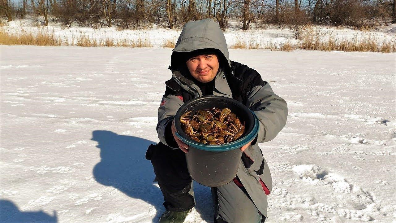 Ловля РАКОВ зимой.Ведро раков из подо льда!!!Мы знаем где раки зимуют!!!