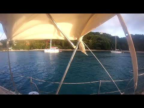 Bequia Tony Gibbon's Beach/Карибы
