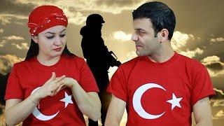 İşaret dili Murat Başaran - Gülümse Anne | Mevlüt & Sevil Resimi