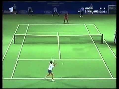 Martina Hingis v. Serena Williams | 2001 Australian Open Highlights