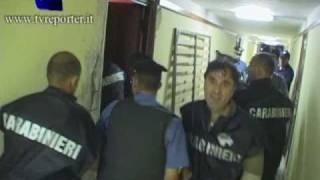 IRRUZIONE CARABINIERI: BLITZ ANTI DROGA- COPS IN ACTION
