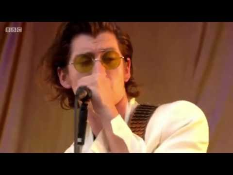 THE LAST SHADOW PUPPETS -  THE ELEMENT OF SURPRISE @ Glastonbury 2016 + LYRICS IN DESCRIPTION