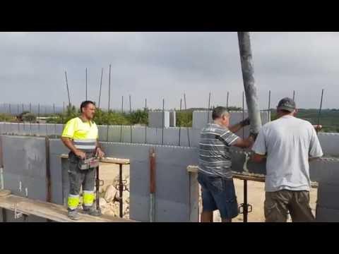 StyroStone ICF concrete pour Castellon3