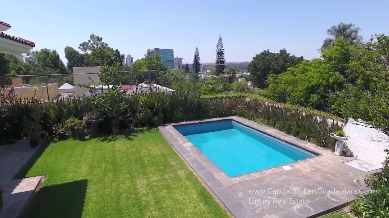 Casa con alberca en renta 100 mil pesos colinas de san for Casas con piscina y jardin de lujo