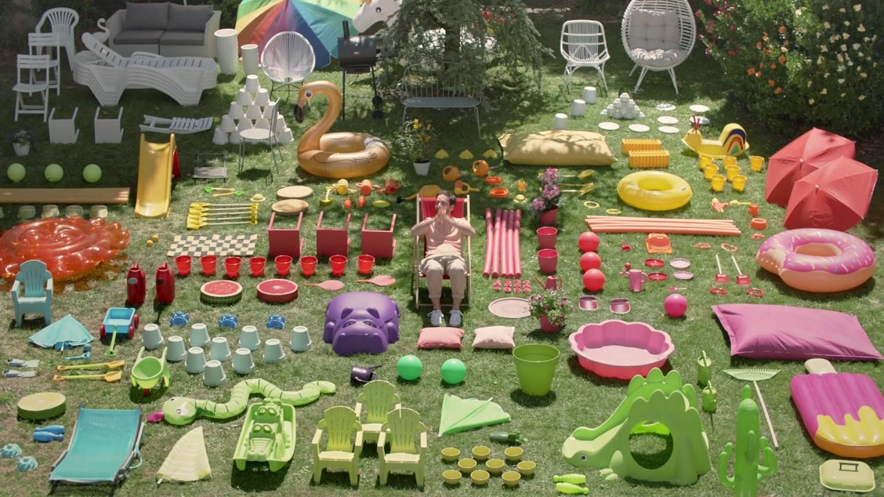 cool la le jardin with salon de jardin la foir fouille. Black Bedroom Furniture Sets. Home Design Ideas