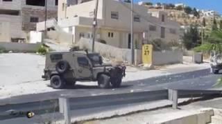 התפרעויות קשות בכפר תקוע - ניידת משטרה וג'יפ צבאי נמלטים