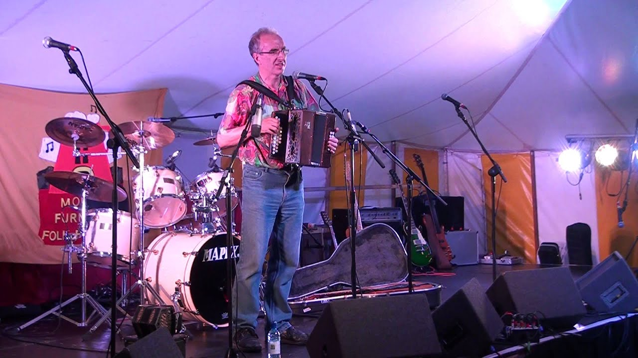 Brian Peters@Moira Furnace Folk Festival 2013 - YouTube