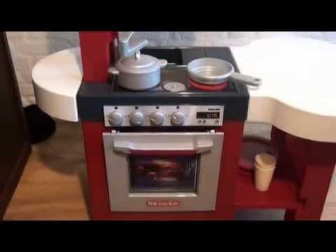 kuchnia dla dzieci. miele children's kitchen. küche kinder