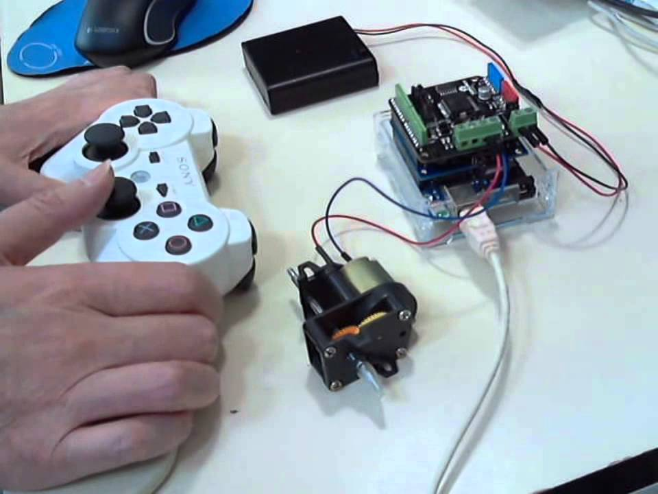Arduino usbホストシールドでps コントローラをbt接続。モータを回してみた。 youtube