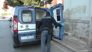 Chiedono il pizzo a un commerciante e lo minacciano: arrestati tre 20enni al Libertà