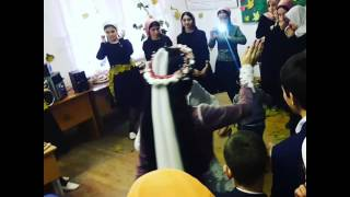 В школе)) осенний бал) 1 место