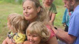 Из города в деревню!  Новый российский фильм. Молодежь возрождает родную землю