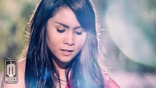 Download GEISHA - Lumpuhkan Ingatanku (Official Music Video)