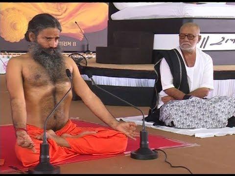 योग एवं श्रीराम कथा (Yog & Shri Ram Katha) का संगम | Talgajarda, Gujarat | 28 Oct 2018 (Part 2)