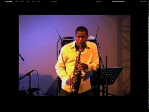 Cool Jazz At The El Tropicano Hotel with Phillip Martin