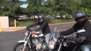 Yamaha Bolt vs Harley Sportster 883 Drag Race