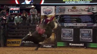 Mason Lowe, professional bull rider, dies after rodeo injury