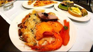 Червяки и зелёные пирожные в отеле Астарожна Ол инклюзив в Турции