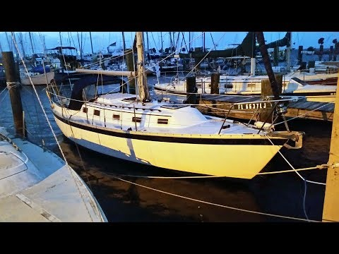 32. FREE SAILBOAT - Too Good To Be True? - DIY Sailing