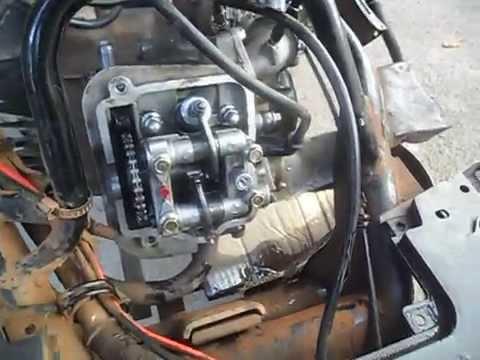funcionando o motor da suzuki burgman 125 sem a tampa do cabeçote.