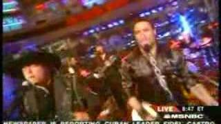 Montgomery Gentry - My Town