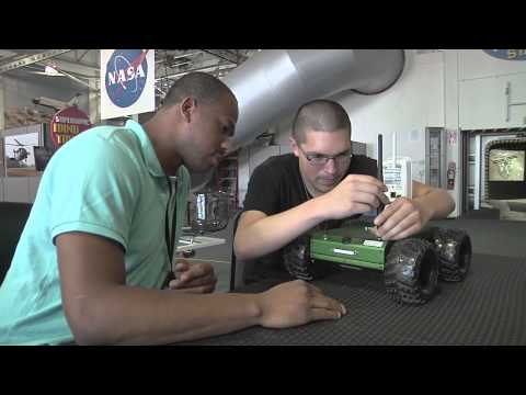 NASA Ames Bids Farewell to 2014 Summer Students