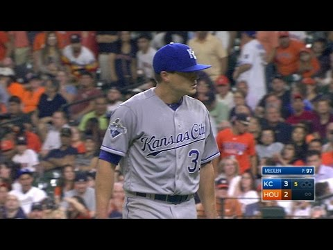KC@HOU: Medlen fans seven over five solid innings