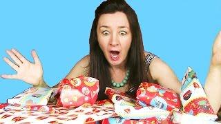 Dutch Sinterklaas Taste Test Mega Pakjesavond unwrapping