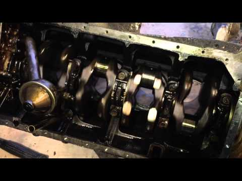 Inside the Mercedes M102 engine