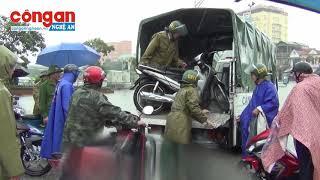 Công an TP Vinh: Huy động 100 % CSGT, CSTT giúp dân bị ngập